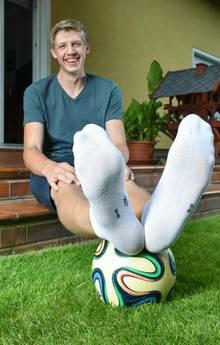 Lars Motza ist der Teenager mit den längsten Füßen der Welt