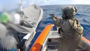 US-Küstenwache stellt Drogenschmuggler.
