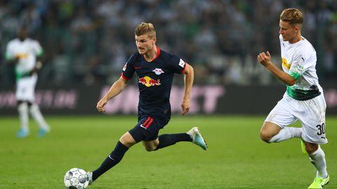 Mehr als einmal lief der Leipziger Timo Werner (M.) seinenGladbacher Gegenspielern davon