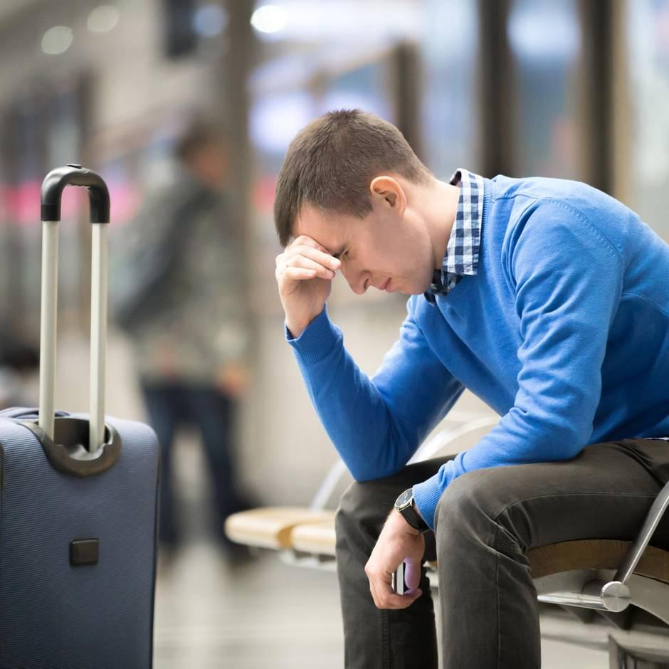 Singapur: Mann droht Gefängnis, da er sein Flugticket nur kaufte, um seine Frau zu verabschieden