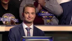 """Jan Stroh gewinnt bei """"Wer wird Millionär?"""" eine Million Euro"""