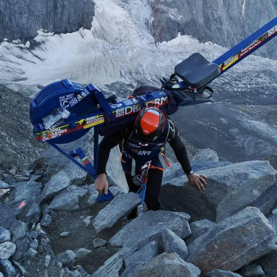 Mont Blanc: Bergsteiger lässt Rudermaschine auf Mont Blanc zurück. Jetzt hat er Ärger mit dem Bürgermeister