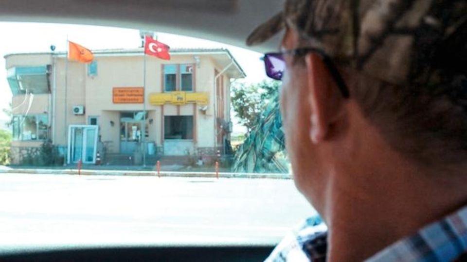 Vater Messing in der Türkei auf der Suche nach seiner Tochter