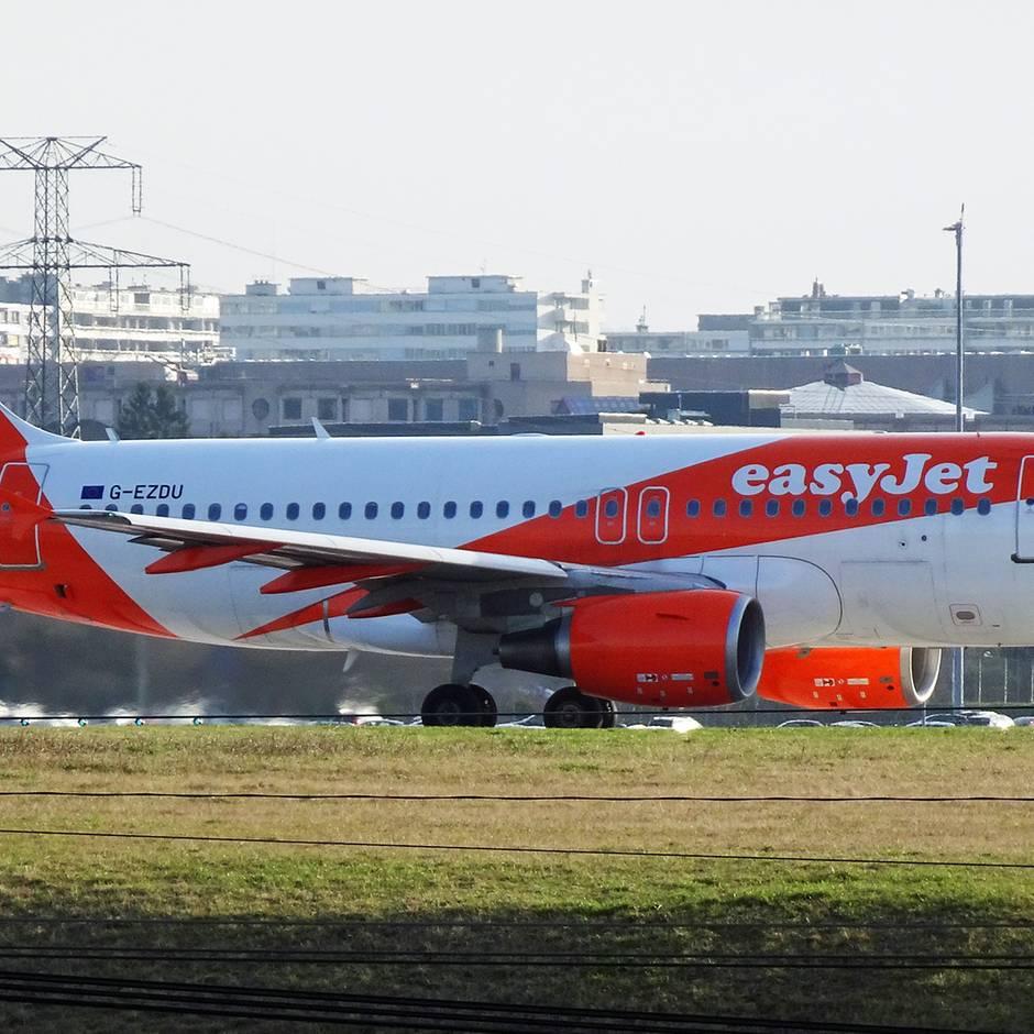 An Bord von Easyjet: Pilot fehlt vor dem Start: Dann springt Passagier ein und übernimmt das Kommando