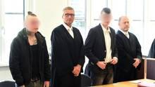 Die beiden Mörder der 18-jährige Maria vor dem Urteil im Stralsunder Landgericht