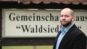 Stefan Jagsch (NPD), Ortsvorsteher von Altenstadt-Waldsiedlung