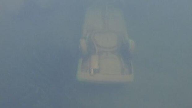 Dieses Foto schoss der Teenager mit einer Unterwasserkamera von dem Wrack