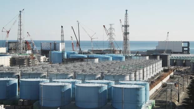 Kühltanks der Tokyo Electric Power Company Holdings Inc.'s in Fukushima