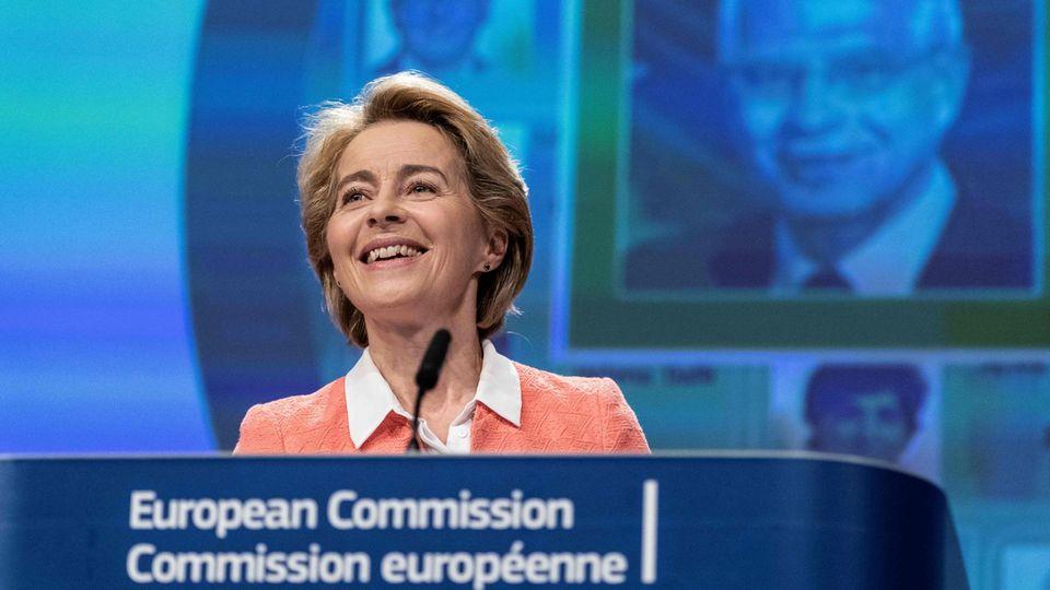 KommissionspräsidentinUrsula von der Leyen hat die Frauenqoute in der EU-Kommission mächtig erhöht