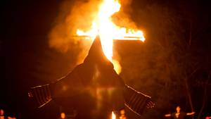 Kreuz brennt Ku Klux Klan