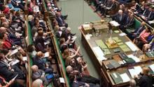 Boris Johnson sprichtim britischen Parlament