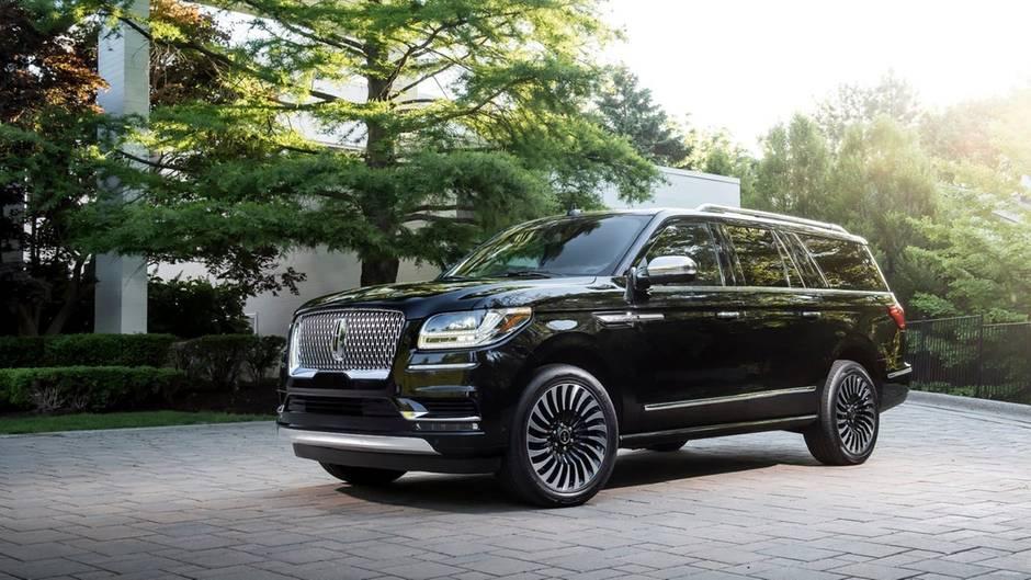Sowie den Navigator stellt man sich einen SUV vor - in Deutschland werden SUVs dieser Große allerdings kaum verkauft.