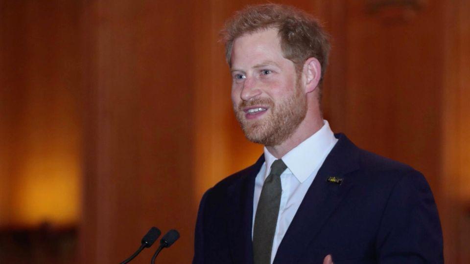 """""""Das war eine der schlechtesten Reden, die ich je gehalten habe."""" - Prinz Harry offenbart seine Nervosität"""
