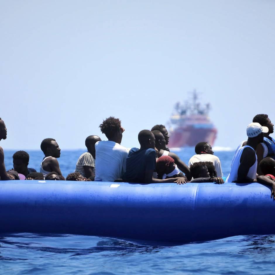News von heute: Deutschland will jeden vierten Bootsflüchtling aus Italien aufnehmen