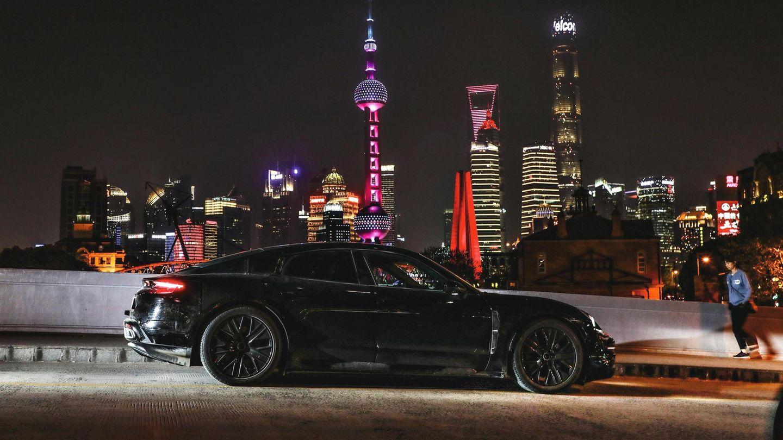 Porsche Taycan auf Probefahrt iPorsche Taycan: Mit viel Aufwand wird die neue E-Limousine entwickeltn China