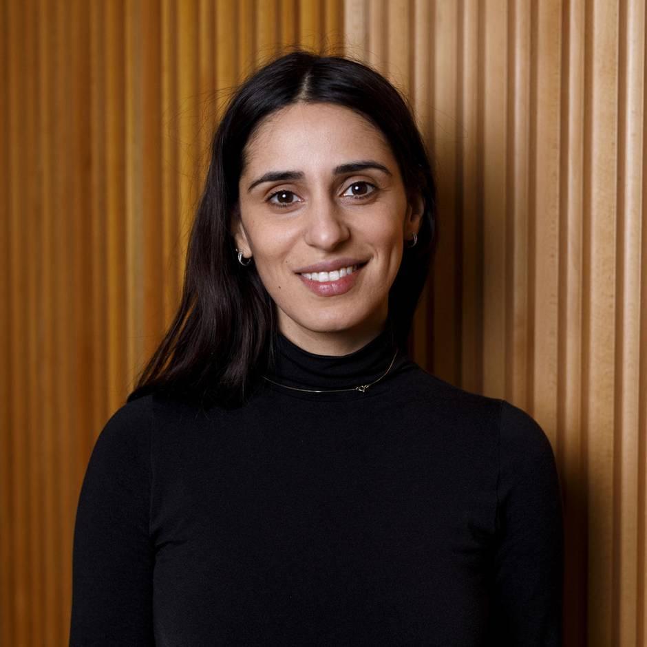 """Film """"Born In Evin"""": In iranischem Gefängnis geboren: Schauspielerin Maryam Zaree auf den Spuren ihrer Geschichte"""