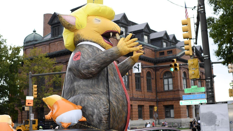 Donald Trump als riesige aufblasbare Ratte in Baltimore