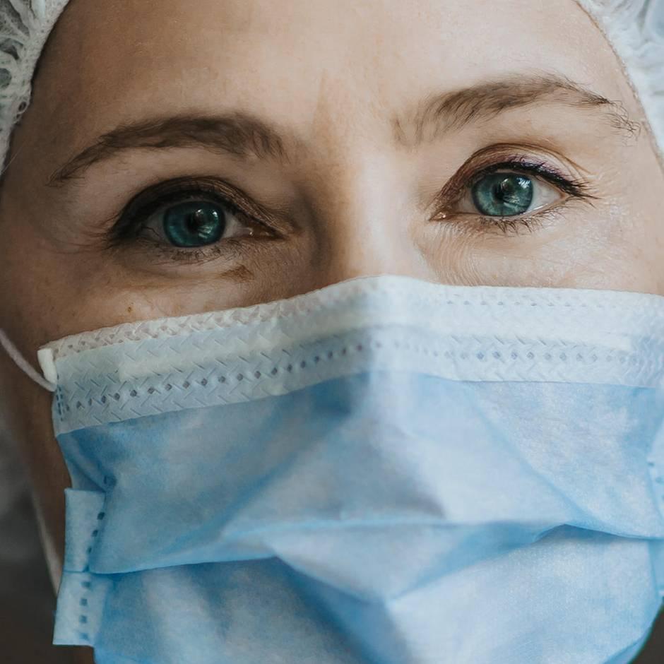 stern-Titel: Medizin für Menschen - Ärzte fordern Rückbesinnung auf Heilkunst statt Profit