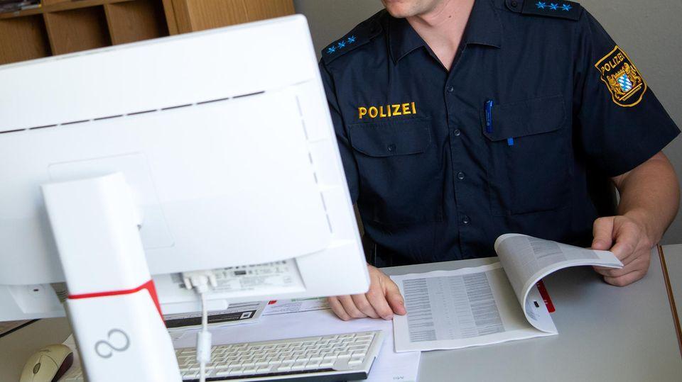 Die Polizei Mittelfranken konterte einen Kommentar aus der rechten Ecke auf Twitter (Symbolbild)