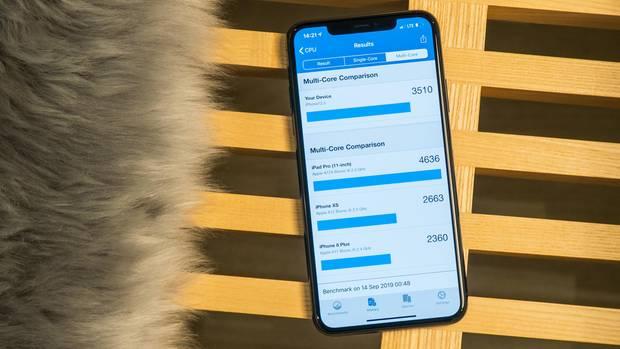 In Benchmarks erreicht der A13-Chip im iPhone 11 extrem hohe Werte. Schneller ist derzeit kein Mobilprozessor.