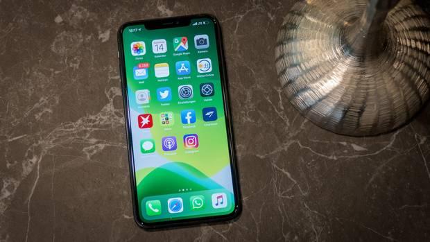 Das iPhone 11 Pro Max hat einen riesigen 6,5-Zoll-Bildschirm.