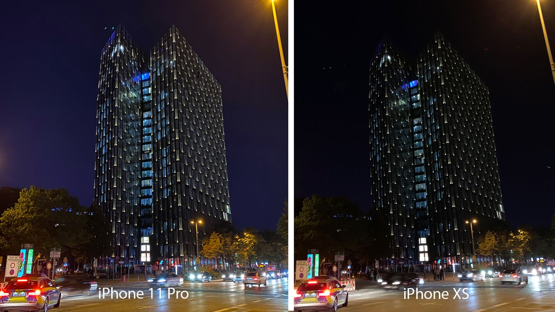 Die Tanzenden Türme auf der Reeperbahn. Die Hochhäuser wirken auf dem Phone (links) deutlich detaillierter. Dafür fängt das Huawei die Lichtstimmung besser ein. Die Belichtungszeit des iPhone-11-Nachtmodus betrug hier drei Sekunden, wodurch der künstlerische Effekt zustande kommt.