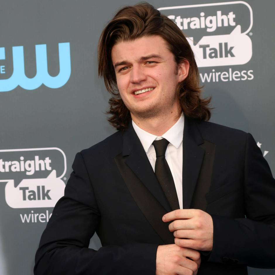 "Netflix, Amazon Prime Video und Co.: Neue Frisur: ""Stranger Things""-Star Joe Keery kaum wiederzuerkennen"