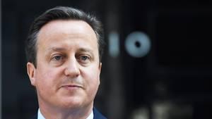 Der damals amtierende britische Premierminister David Cameron vor der Downing Street 10