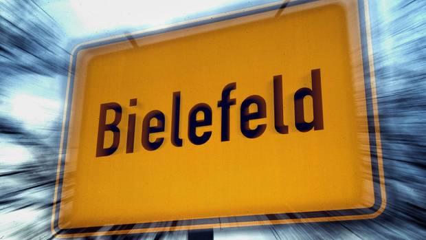 Ein Ortsschild der Stadt Bielefeld