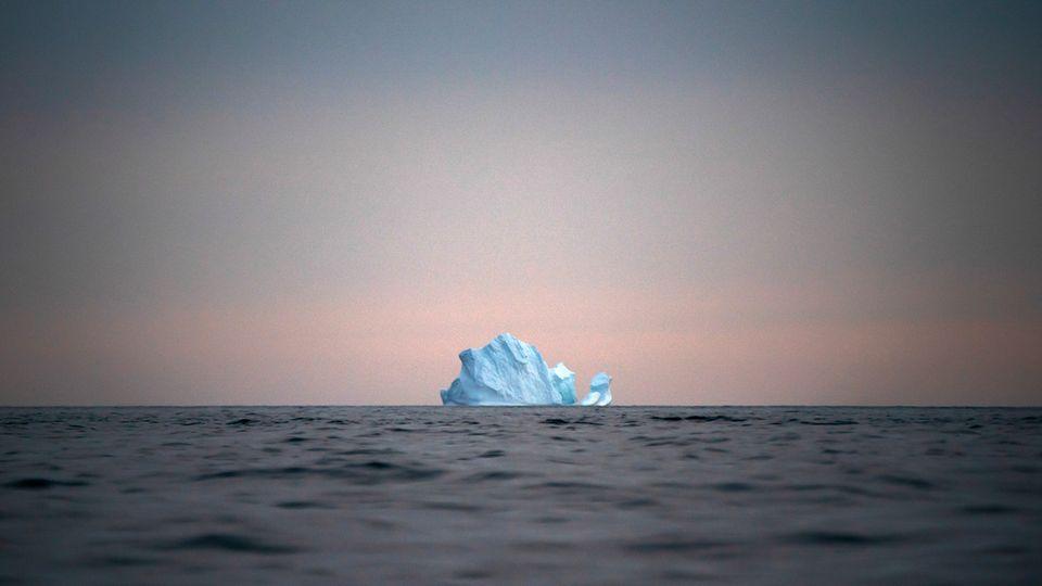 Mit der Erderwärmung dehnt sich das Meerwasser aus, die Eismassen schmelzen und der Meeresspiegel steigt