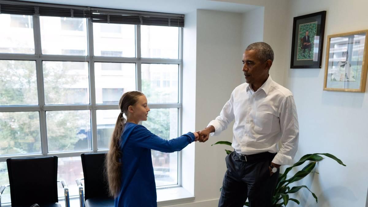 """Klimaaktivistin und Ex-Präsident: """"Glaubst du ans Fist Bumping?"""" Greta Thunberg trifft Obama"""