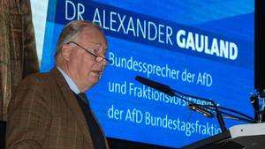 Alexander Gauland (AfD) spricht zum Wahlkampfauftakt der AfD Thüringen