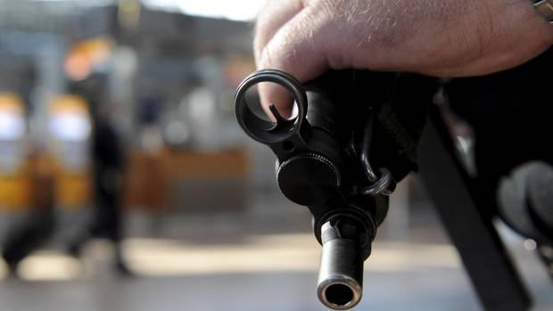 nachrichten deutschland - maschinenpistole polizei