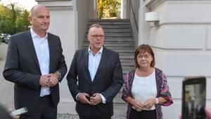 Dietmar Woidke,Ministerpräsident von Brandenburg, Michael Stübgen (CDU), kommissarischer Vorsitzender und Ursula Nonnemacher (Bündnis 90/Die Grünen), Fraktionsvorsitzende