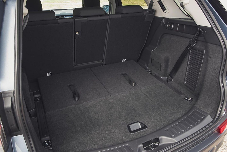 Der Laderaum im Land Rover Discovery Sport fasst 897 Liter