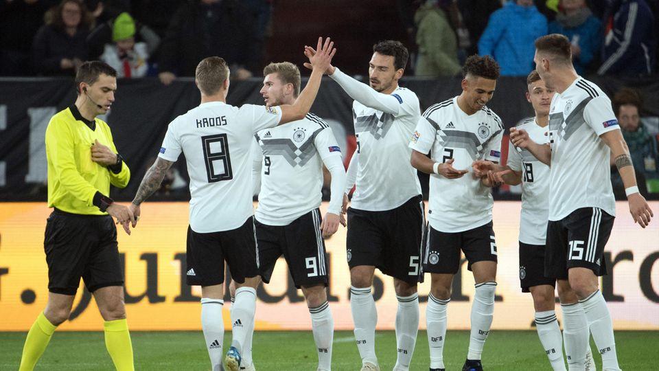 In der Nations League droht der deutschen Fußball-Nationalmannschaft wohl doch nicht mehr der Abstieg in die B-Liga