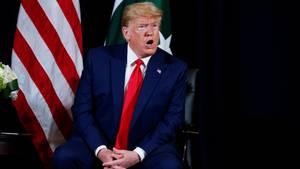 Donald Trump spricht bei einem Treffen mit dem pakistanischen Premierminister Khan in New York