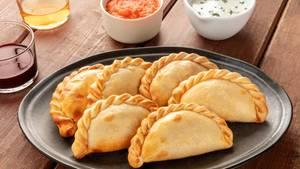 Empanadas sind gefüllte Teigtasche