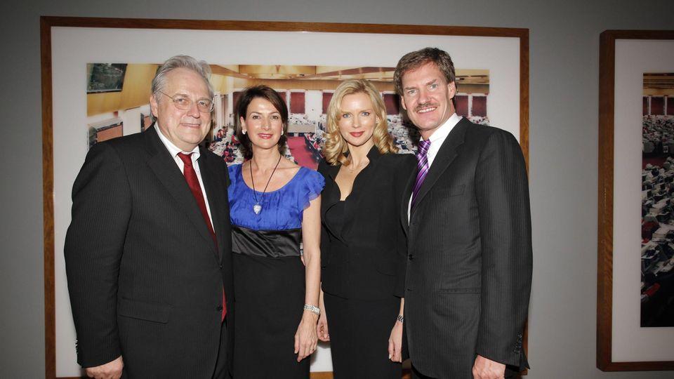 Helge und Dorothee Achenbach mit Veronica Ferres und Carsten Maschmeyer