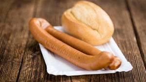 Wiener Würstchen - besser nicht als Zwischenmahlzeit, sondern im Brot oder in der Suppe