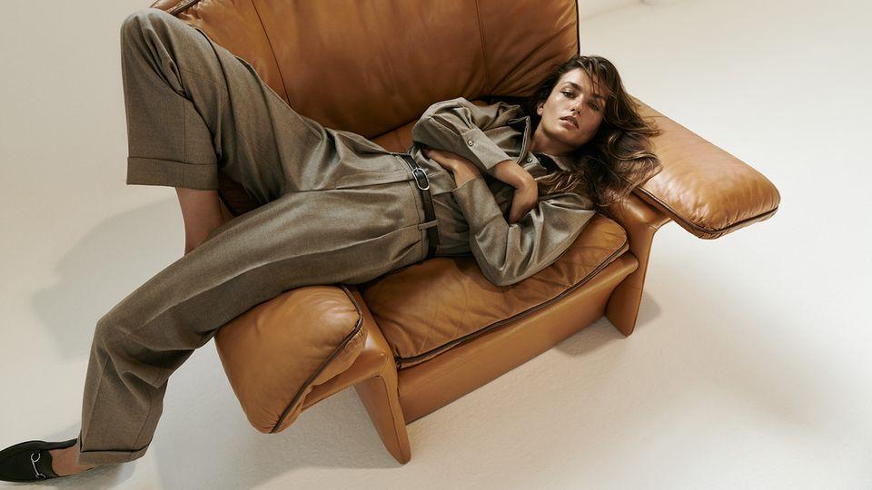 Mode: Auch zu Hause auf der Couch darf es wieder eleganter werden