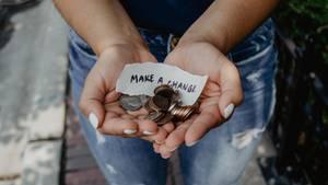 Spenden: Fünf einfache Wege Gutes mit eurem Geld zu tun