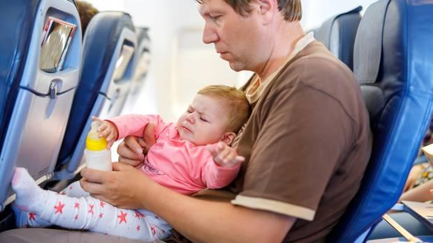 Nicht alle Babys und Kleinkinder verhalten sich ruhig an Bord