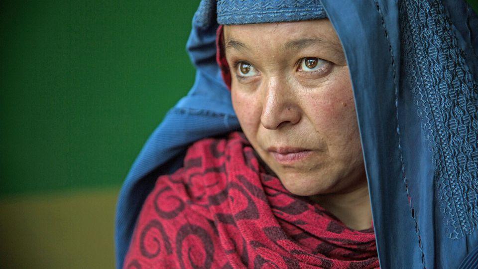 Fawza wurde zwangsverheiratet bevor sie ihre Tage hatte