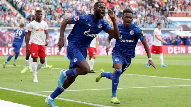 Schalke im Herzen: Salif Sané trifft zuerst gegen Leipzig, es folgen noch zwei weitere Treffer der Königsblauen