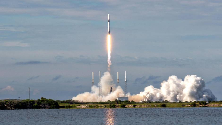 Auch bei nuklearbetriebenen Shuttles wären klassische Raketen für den Start ins All nötig
