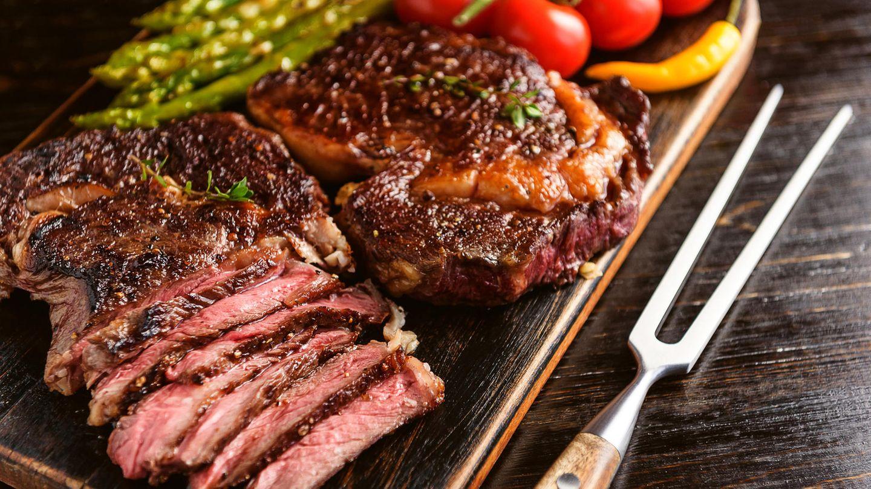 Es gibt keine Daten, die belegen, dass Steaks krankmache - sagt eine neue Studie.