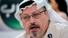 Der saudische Journalist Jamal Khashoggi spricht während einer Pressekonferenz im Jahr 2015