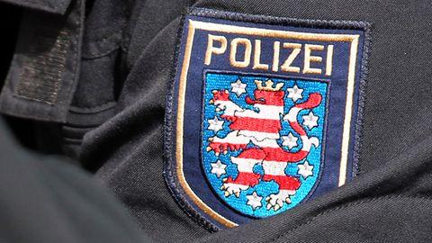 Gegen zwei Thüringer Polizisten sind Haftbefehle wegen des Verdachts des sexuellen Missbrauchs erlassen worden