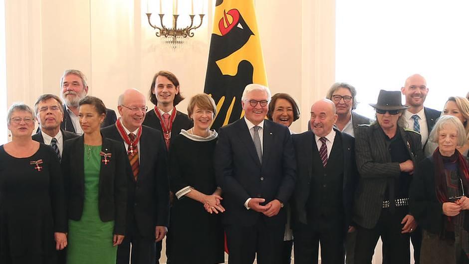 """Bundesverdienstkreuz-Verleihung: Udo Lindenberg: """"Ist ein geiles Land, Deutschland"""""""